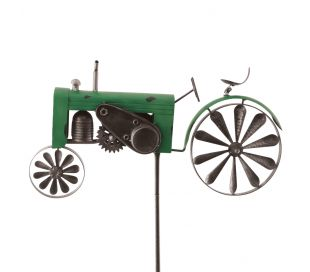 WIND SPINNER TRACTOR